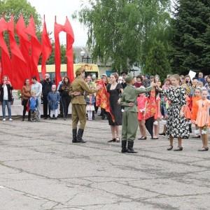 Новопавловск торжественно отметил День Победы (фото 7)