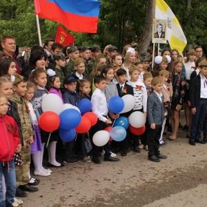 Новопавловск торжественно отметил День Победы (фото 10)