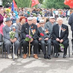 Новопавловск торжественно отметил День Победы (фото 5)