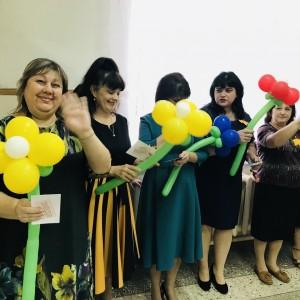 Молодая гвардия поздравляет учителей! (фото 1)