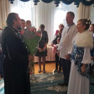 В день рождения города Новопавловска три пары зарегистрировали брак (фото 1)