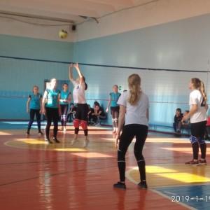 В Новопавловске состоялись соревнования по волейболу среди школьников