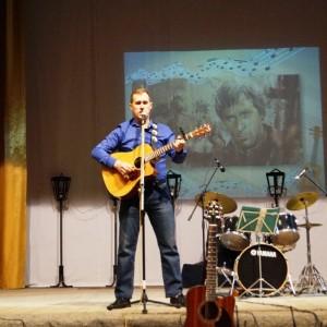 В Новопавловске состоялся концерт, посвящённый памяти Владимира Высоцкого (фото 4)