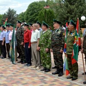В честь 101-ой годовщины пограничных войск в Новопавловске поздравили ветеранов этой службы (фото 2)