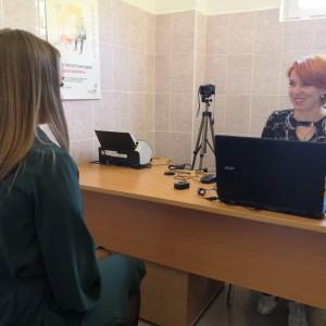 В МФЦ Новопавловска стали выдавать биометрические паспорта