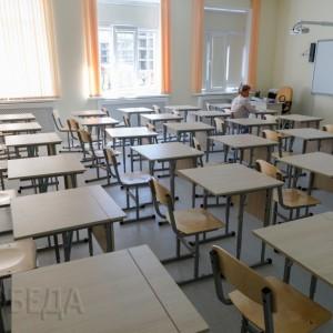 Два класса и библиотека опустеют из-за трещины в стене в Новопавловской школе