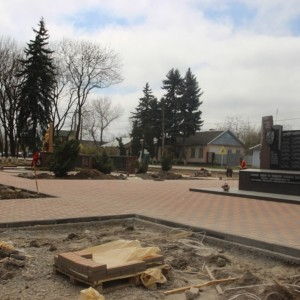 Работа по благоустройству культурно-исторического центра города Новопавловска выполнена на четверть (фото 4)
