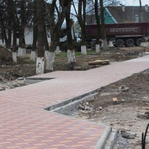Работа по благоустройству культурно-исторического центра города Новопавловска выполнена на четверть (фото 6)