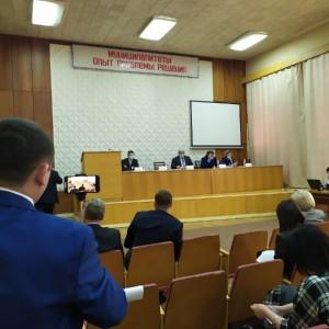 В Новопавловске журналиста не пустили на открытое заседание думы Кировского горокруга (фото 1)