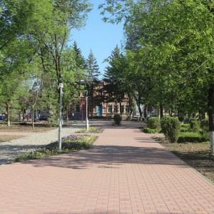 К осени обновлённый парк в Новопавловске станет точкой притяжения горожан