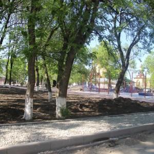 К осени обновлённый парк в Новопавловске станет точкой притяжения горожан (фото 3)