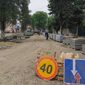 Более половины работ выполнено по реконструкции культурно-исторического центра Новопавловска (фото 2)
