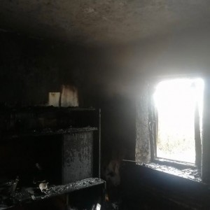 Семья из Новопавловска осталась без дома из-за пожара (фото 2)