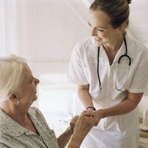 Услуги профессиональной сиделки с медицинским образованием